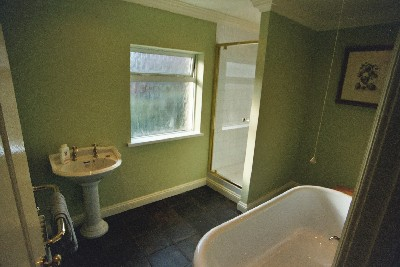 Newport Batroom Centre Fitted Bathroom